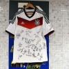 عکس ترفند مربی آلمان قبل از رویارویی با فرانسه