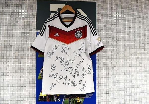 پیراهن امضا شده تیم فوتبال آلمان